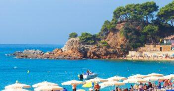Katalonien: Günstig Urlaub am Balearen-Meer machen